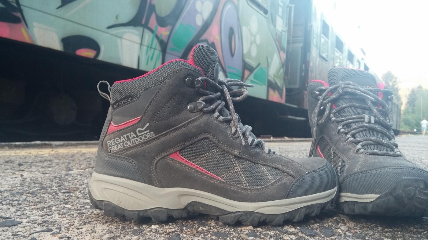 b6881ff9 Miałam okazję przetestować wysokie buty trekkingowe firmy Regatta Polska,  model Lady Clydebak – kolor: szaro-różowy. Wiele się słyszy na temat butów  firmy ...